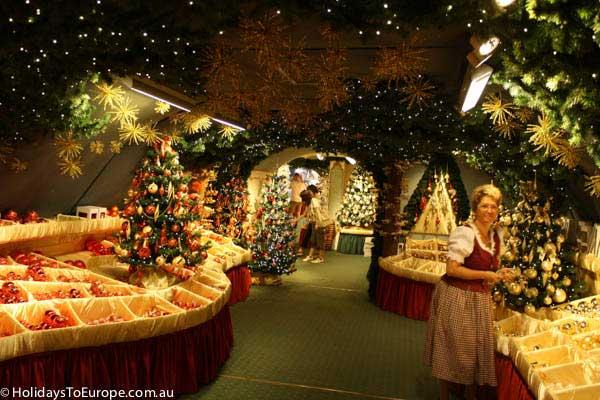 rothenburg-christmas-village